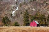 Barn Near Luskville Falls 14681