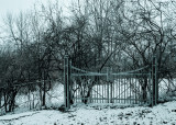 Dossier clos (cimetière du boul. Taché, près de l'UQO)