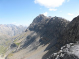 zicht op afdaling naar Pas de la Cavale (2735 meter)