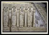 Chasse-reliquaire. Personnages de l'Ancient et du Nouveau Testament