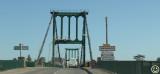 DSC_3028 Suspension bridge over the Garonne at Marmande France.jpg