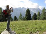 Emilio fotografiando la Civetta