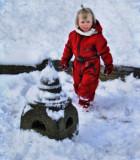 The joyful relationship between children and snow...