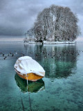 Hush, hush, the little boat is sleeping...
