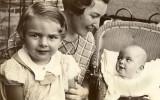 Mom, Grandma and Baby Janet c 1935