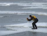seul sur les glaces