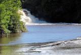 la chute et le lac de barrage