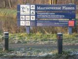 011 - Maarseveense plassen ter linkerzijde: je mag er van alles maar schaatsen?