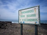 146 - Hmmm... Romanians and Dutch sometimes do not understand this sign... Prohibido???