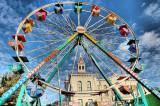 Ferris Wheel Courthouse Square