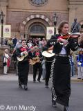 Mariachi Azteca in procession