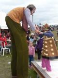 Giant Seeks Dalek