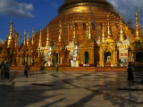 The golden beauty of Yangon.jpg