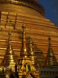 Shwedagon sunset.jpg
