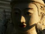 Statue near U Bein.jpg