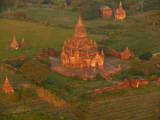 Balloons over Bagan 7.jpg
