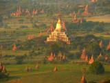 Shwesandaw Paya from above.jpg