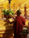 Monk in Bago 3.jpg