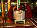 Three monks Bago.jpg