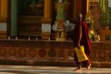 Monk with yellow bag Shwedagon.jpg