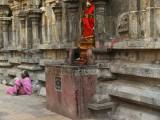 At the temple of Tiruvanamalai.jpg