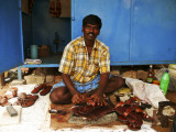 Shoemaker in Mamallapuram.jpg