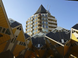 Kubus homes and Het Potlood.jpg
