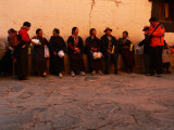 Waiting Tashilhunpo