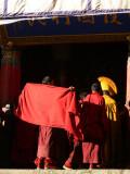 Adjusting robes