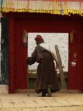 Entering Litang monastery