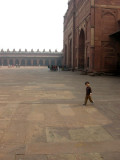 In yet another Fatehpur Sikri courtyard