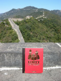 Forty Cartoon Books of Interest visits the Great Wall (21 Sept 2009)