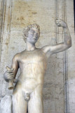 Endimone: beautiful young man, grandson of Zeus, lack of respect to the goddess Hera and was sentenced to an eternal sleep