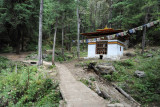 A small temple with a spring along the Tiger's Nest trail