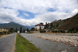 Rinpung Dzong on the north bank of the Paro River