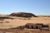 Along the desert road between Karima and El Kurru