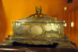 Silver casket with the Charminar presented by the Sahukars and Merchants