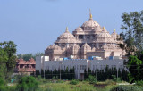 The main temple of Akshardham uses a blend of Indian architectural styles