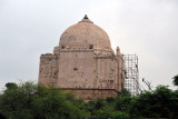 Passing an old tomb on the way from the airport to Qutub Minar