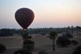 Low flight in a balloon, Bagan