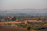 Temples on the edge of New Bagan