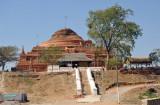 Ruins of an ancient zedi (stupa) N21 46.25/E095 58.52)