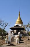 Stupa south of Tada-U, (S21 46.38/E095 58.64)