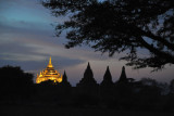 Dusk at Thatbyinnyu Phaya at night - Bagan's tallest temple