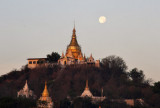 Sagaing hilltop pagoda with the full moon