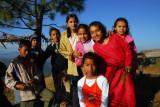 My camera was very popular, Gurungche Hill, Bandipur