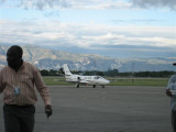 at the airport 044.jpg