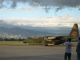 at the airport 056.jpg