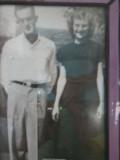 Bonnie age 18  Bonnie and Lester were married  Aug 14, 1948