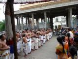 Aalavandar Thirunakshatram - Goshti thodakkam.JPG